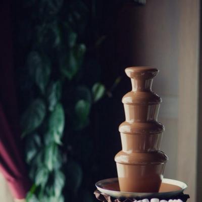 Шоколадный фонтан.